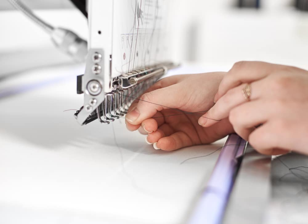 How to Use an Embroidery Machine: A Complete Tutorial