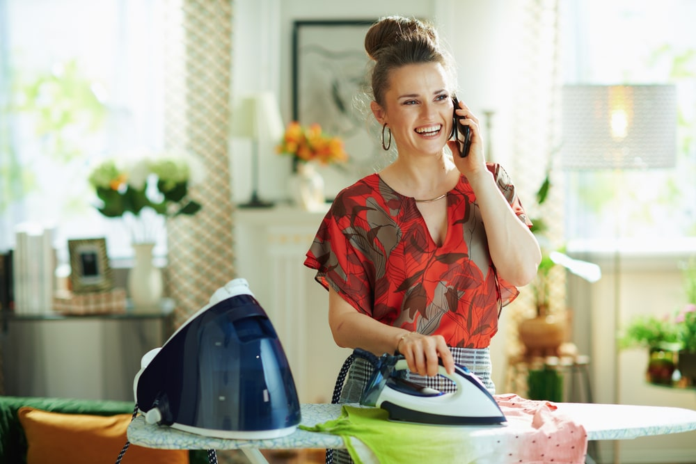 how to use a steam generator iron