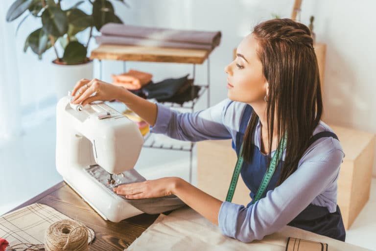 How Does a Sewing Machine Work
