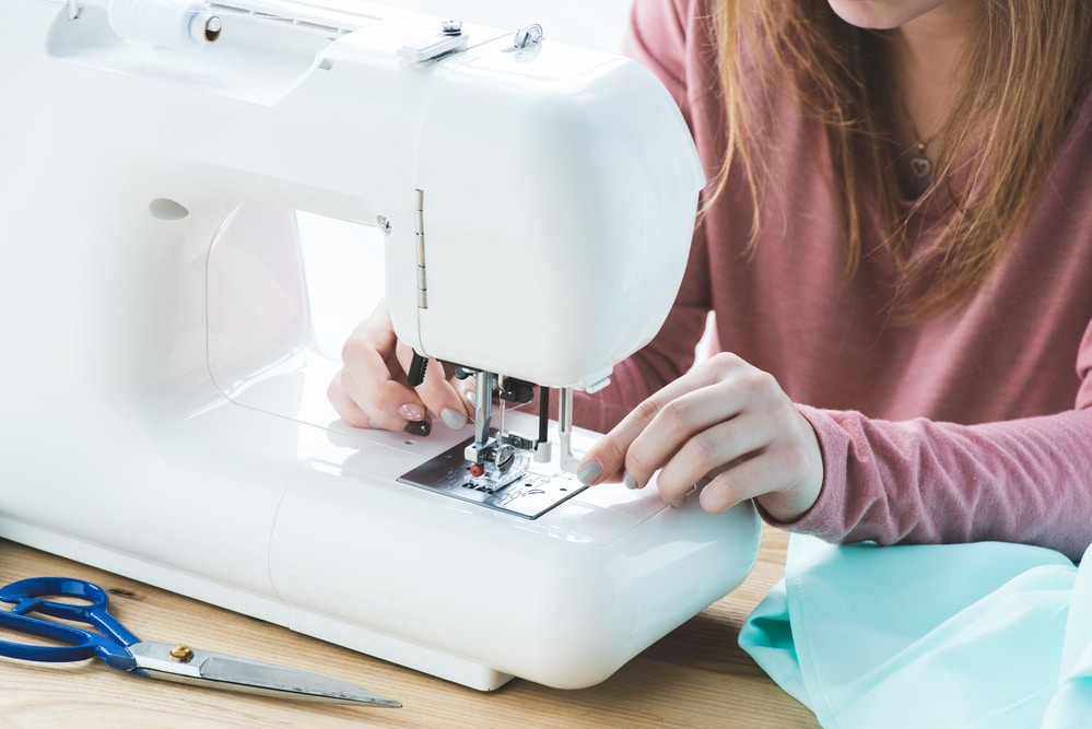 How to Hem Trousers with a Sewing Machine