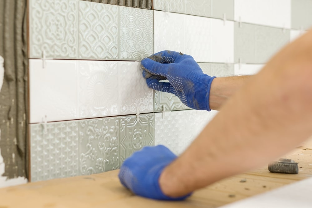 how to tile a kitchen wall