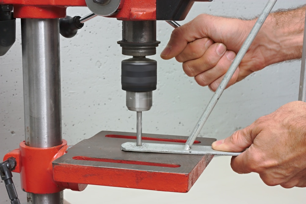 what does a pillar drill do