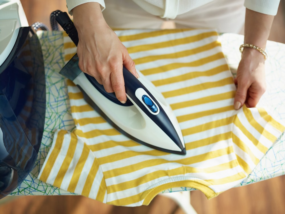what is a steam generator iron